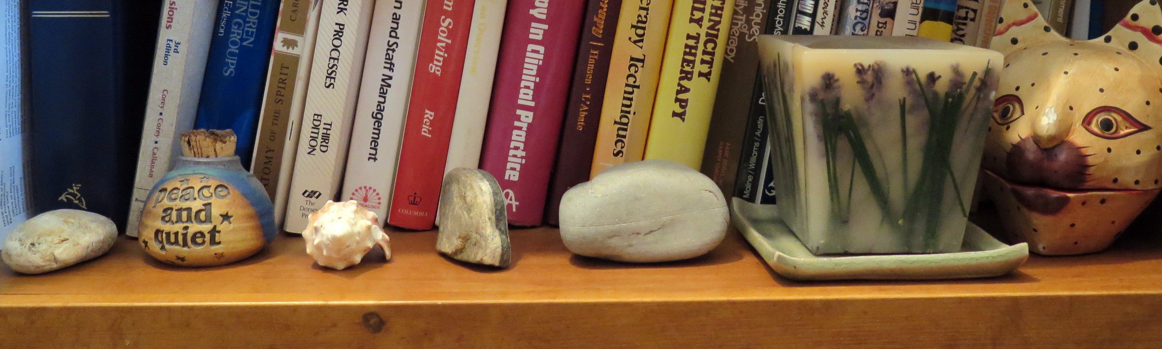 Bookshelf Nick Nacks